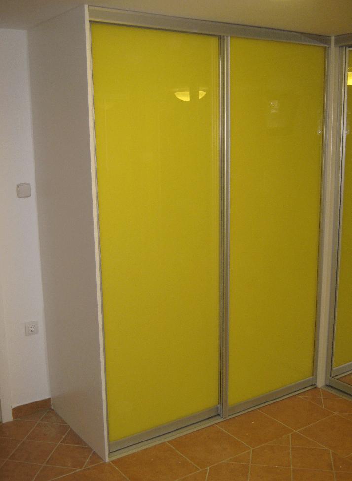 vgradnja omare z eno omarno stranico
