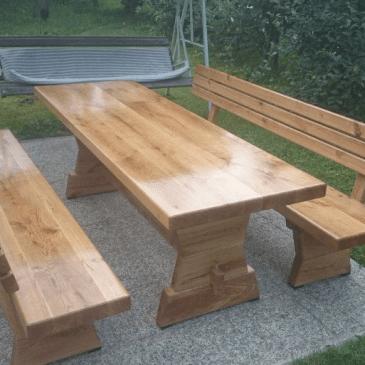 Klasične vrtne mize in klopi iz masivnega lesa