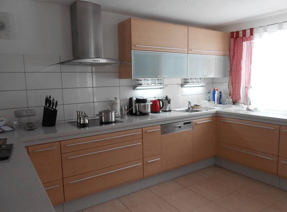 kuhinja z veliko prostora