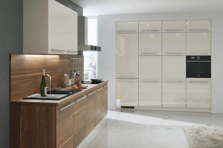 moderna vgradna kuhinja