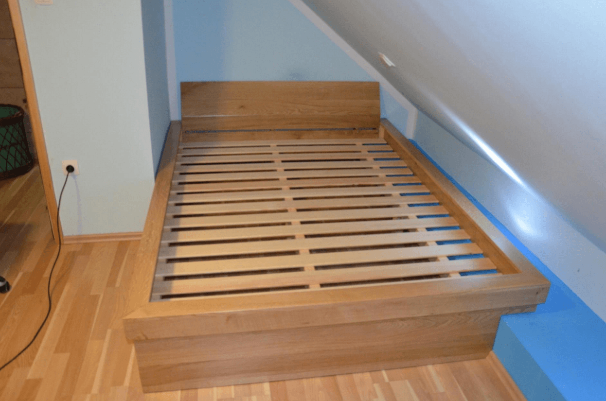 masivna postelja po meri