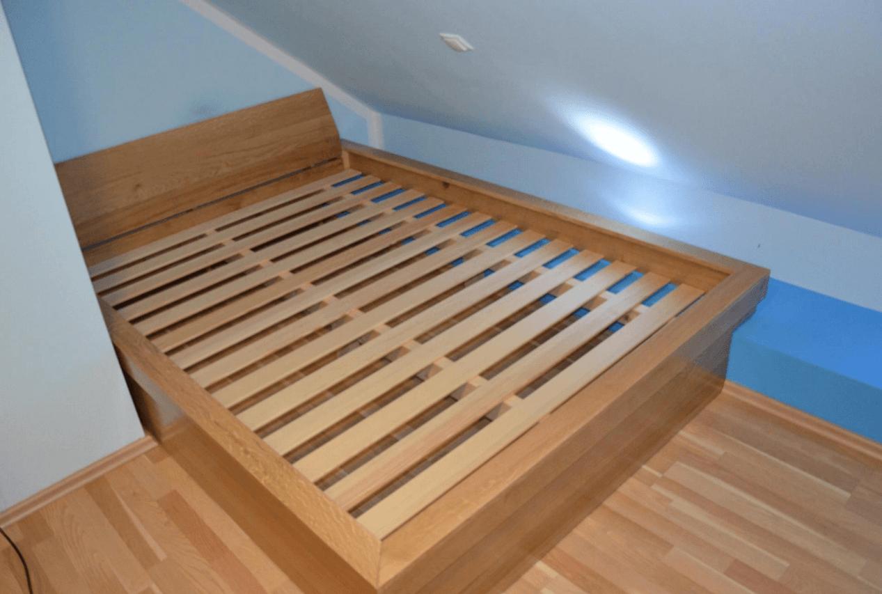 posteljni okvir iz masivnega lesa