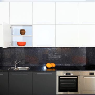 Kuhinje po meri za male prostore