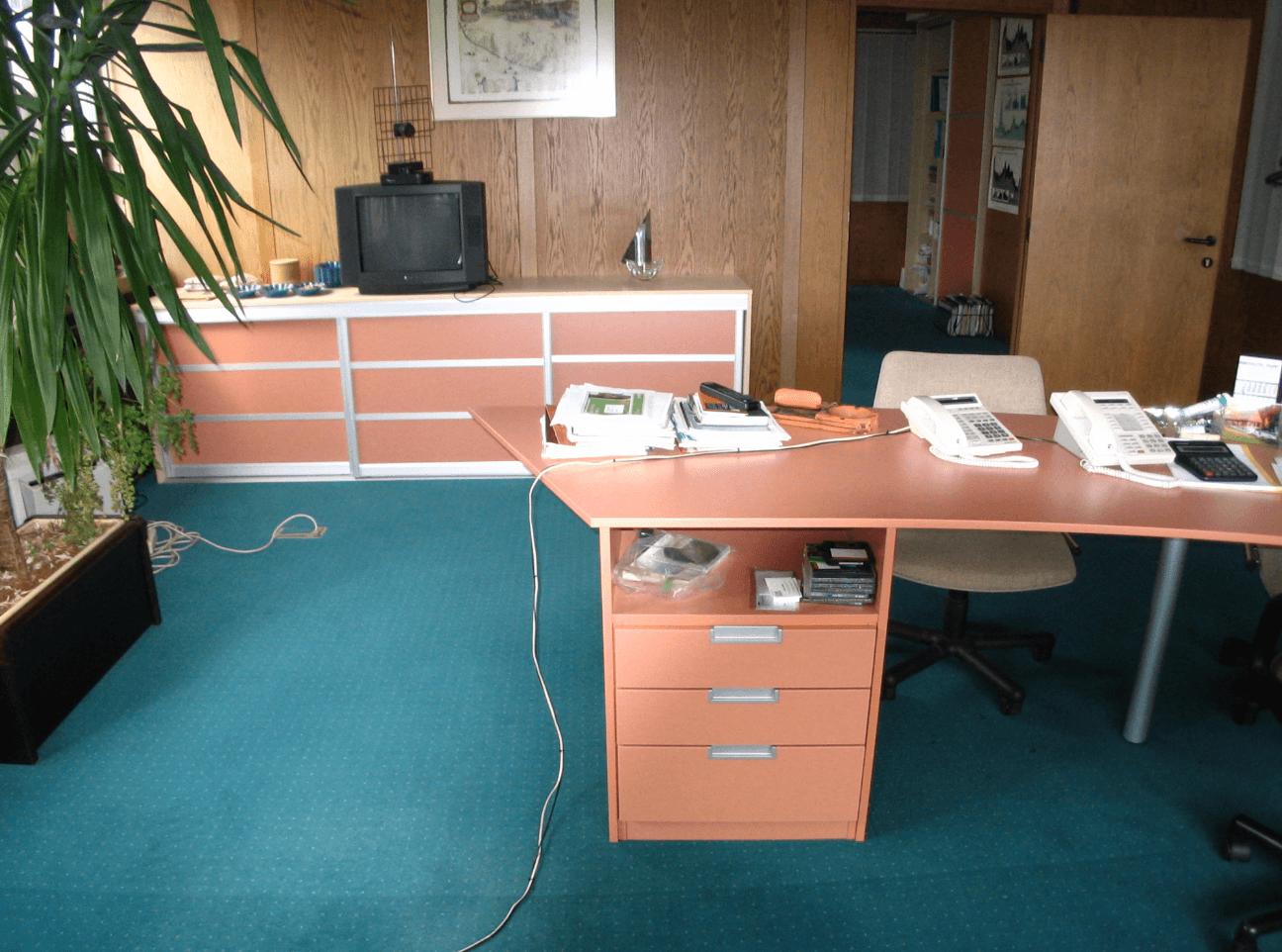 nizke omare za pisarno