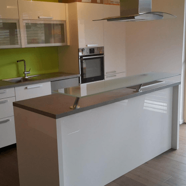 Kuhinja s pultom – 3 različne ideje za 3 različne prostorske možnosti