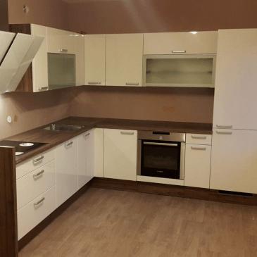 3 kuhinje po naročilu za različne prostorske posebnosti
