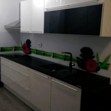Načrtovanje kuhinje po naročilu (primer dvovrstne kuhinje v bloku)