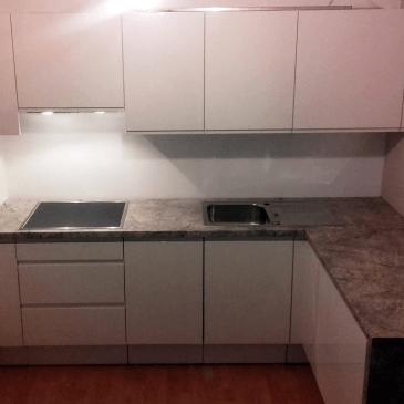 3 ideje in nasveti za opremo majhne kuhinje