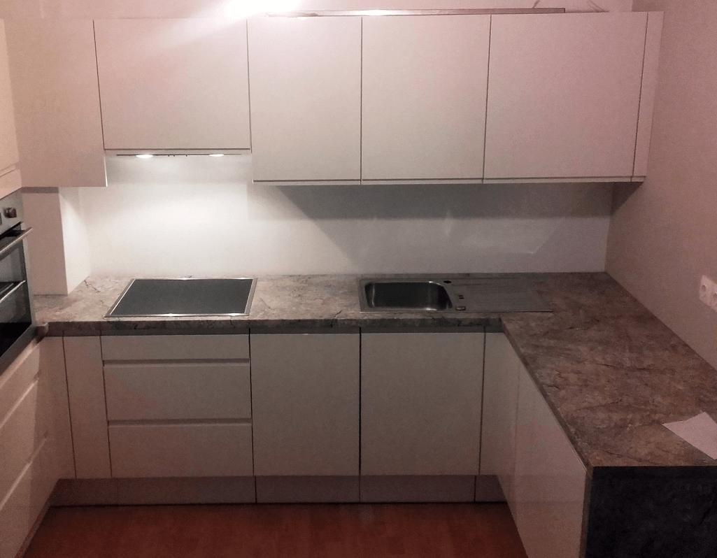 majhna kuhinja oprema