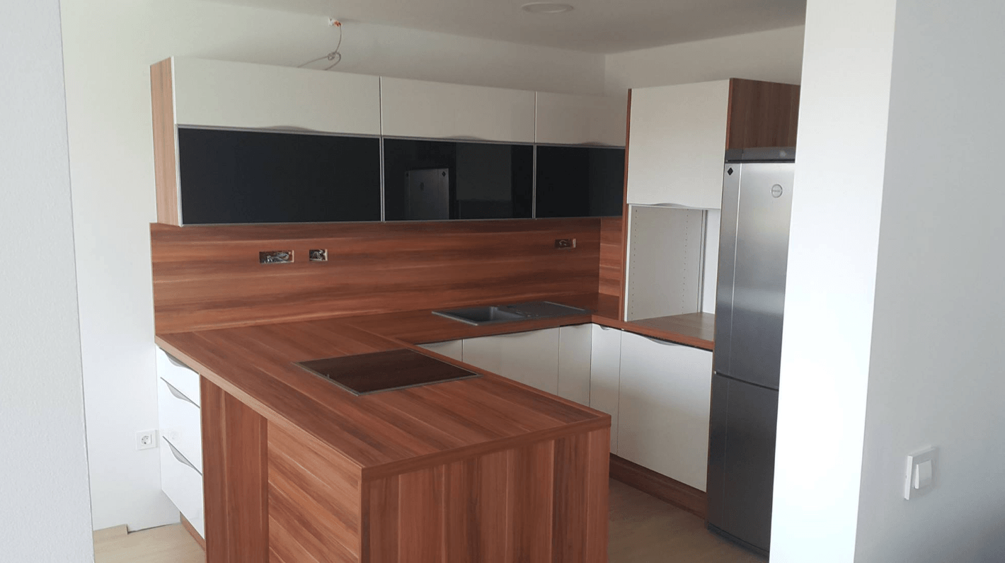kuhinja v u za majhen prostor