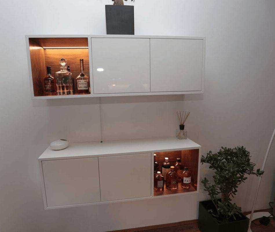 Izdelava modernih regalov za dnevno sobo