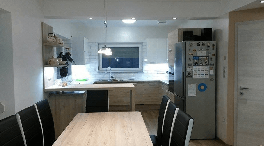 kuhinjski-aparati-na-desni