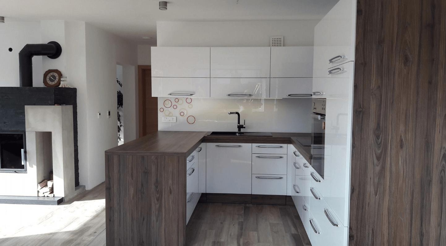 moderna kuhinja n u