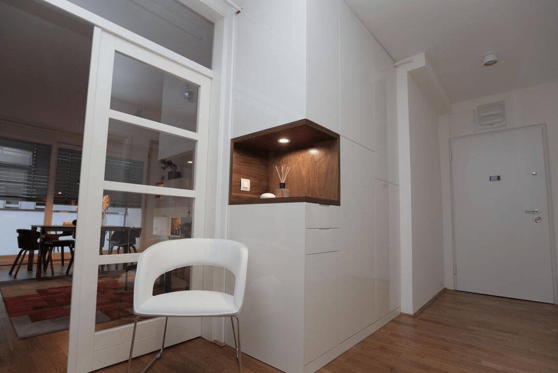 vgradna-omara-hodnik