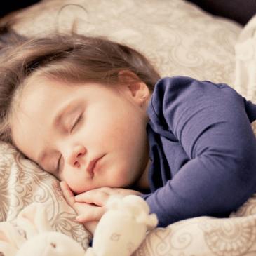 4 preprosti nasveti kako spati bolje (in zaščititi srce)