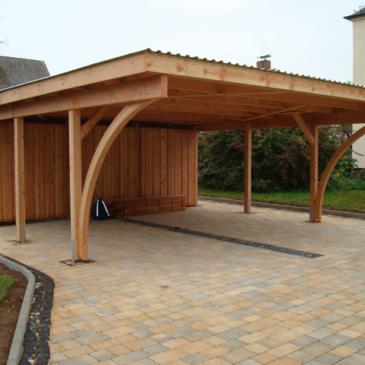 Vsestranska uporaba lesenih nadstreškov za avto ali teraso