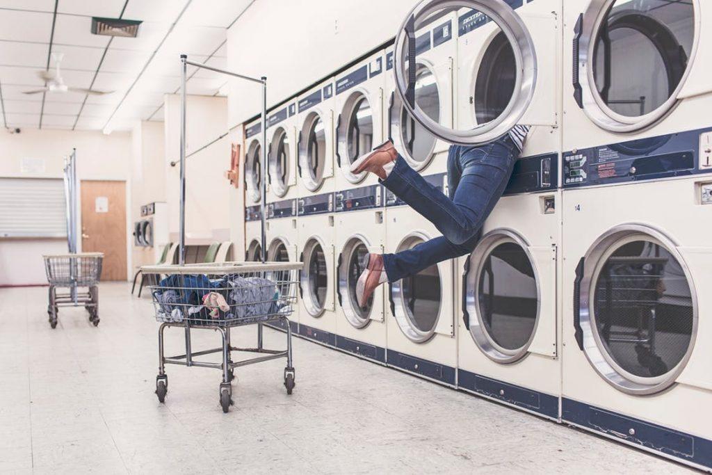 Energetsko čiščenje prostora - pranje in likanje
