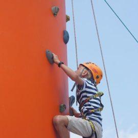 Novo pri nas – Pametna plezalna stena za otroke eClimber