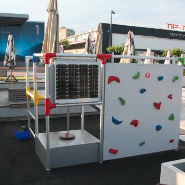 Predstavitev izdelanega pametnega zunanjega otroškega igrala (za postavitev pred trgovske centre, gostinske kapacitete, javne površine, ipd…)