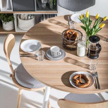 3 razlogi, zakaj so skupni obroki za eno mizo bolj pomembni kot kdajkoli